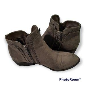 🎉BOGO🎉 Mia Heeled Ankle Boots